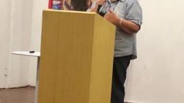 A diretora pedagógica da Prima Escola Montessori de São Paulo, Edimara de Lima, na palestra Habilidades do Aprender Montessori.