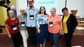Na foto vemos a Comissão Científica e a profª Elsa, do Upaon-Açu, que foi a responsável pelos detalhes do Encontro de Educadores Montessorianos em São Luíz.